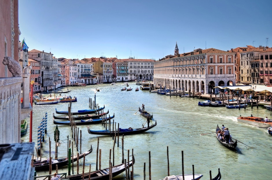 halal restaurants and hotels in venice italy muslim friendly places