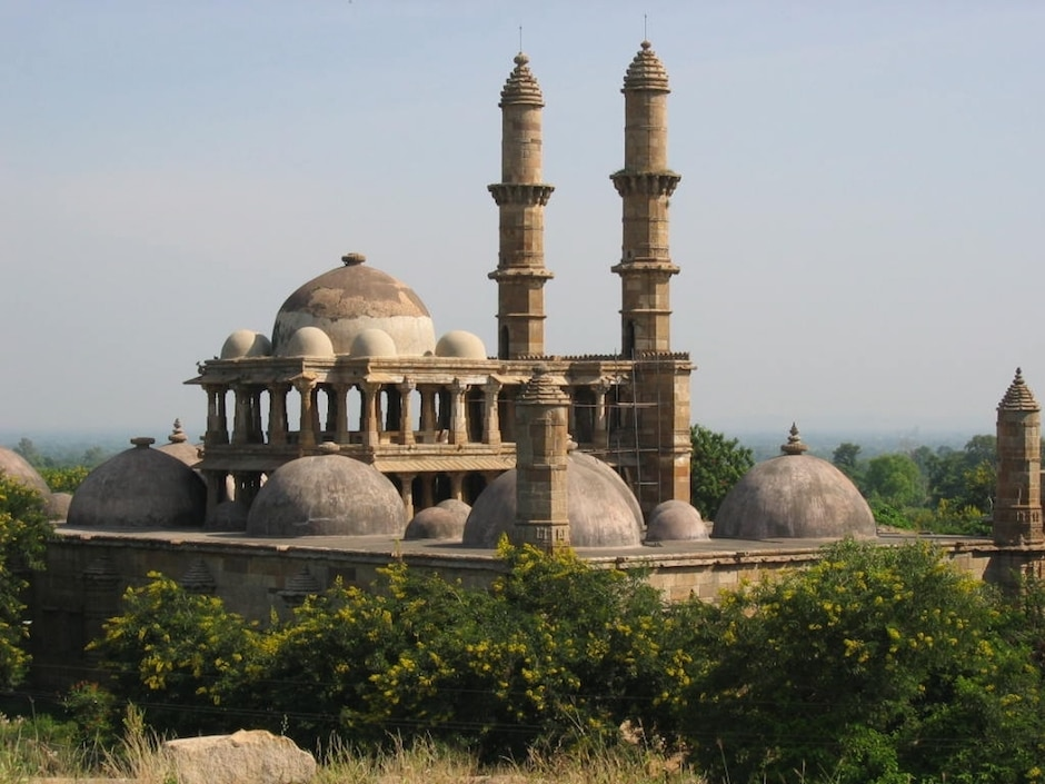 mosques and places to pray in ahmedabad india