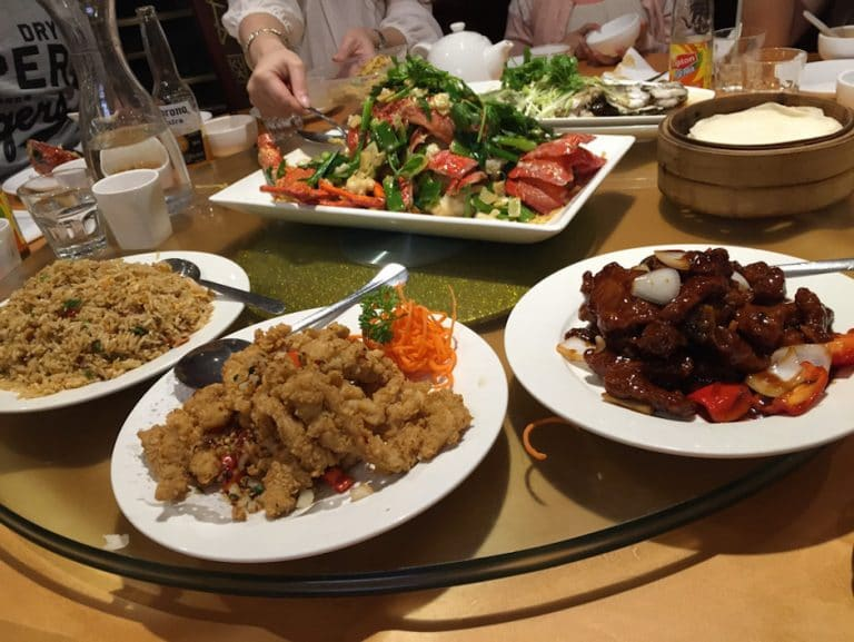 Top 14 Halal Restaurants In Sydney That Muslim Travellers Must Try