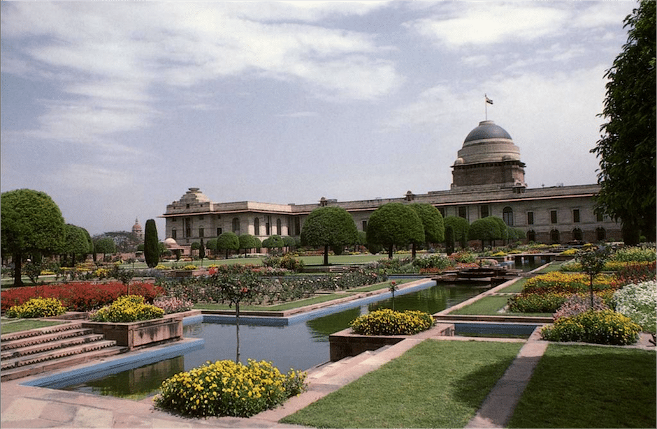 viceroy palace garden in india