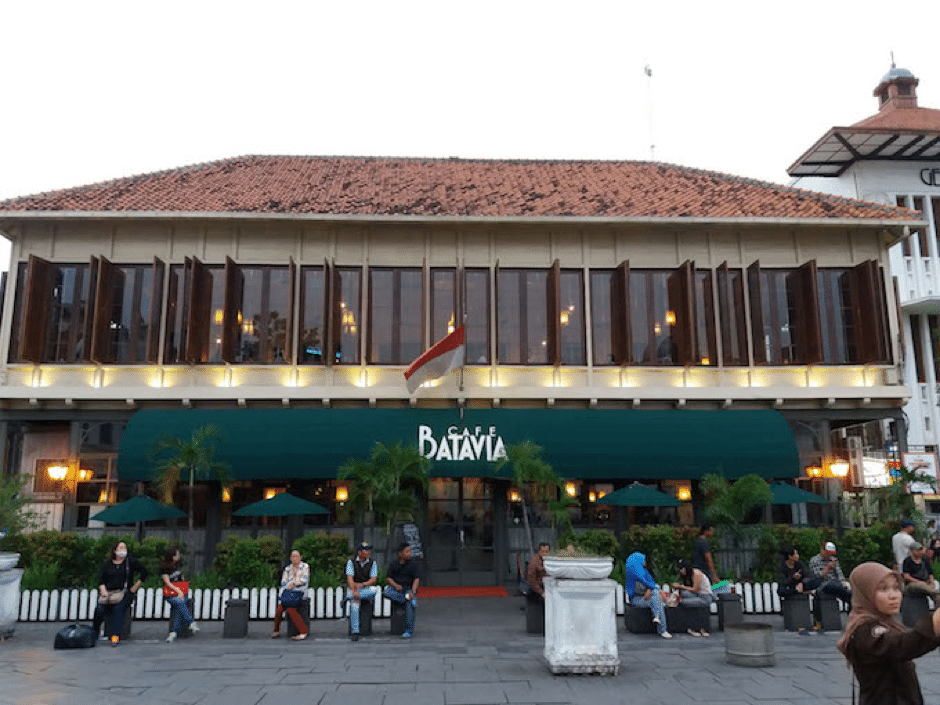 muslim friendly places to eat in jakarta