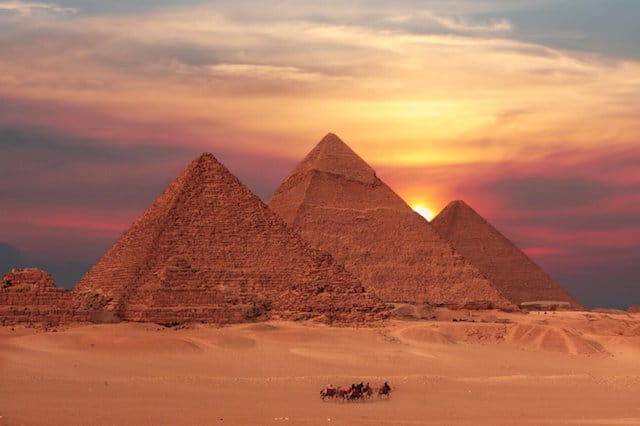 Travel guides for Muslim travellers - Pyramid in Egypt
