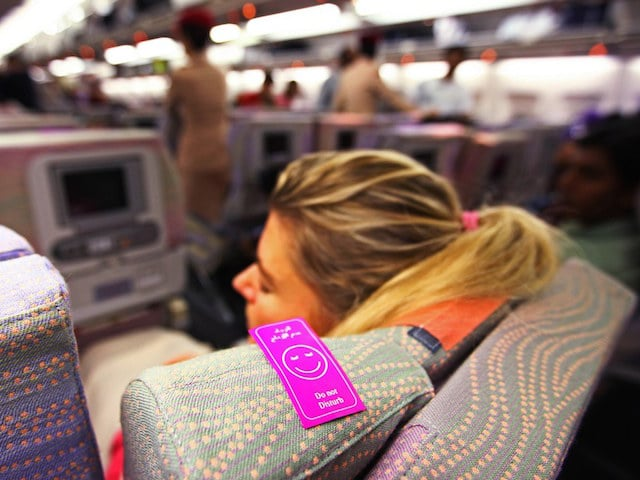 Best and easy ways on how to sleep on a plane
