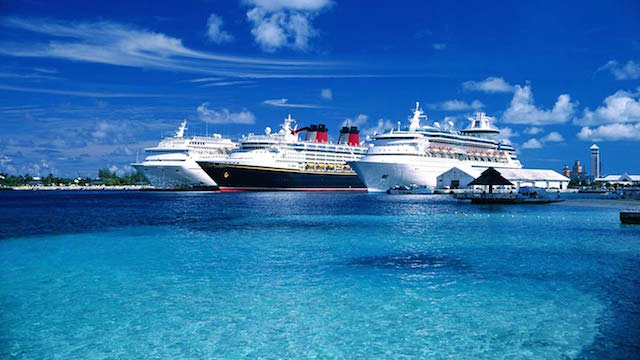 Travel guides for Muslim travellers - Halal friendly and luxury ship cruises