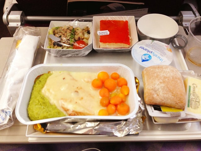 Top muslim friendly meals for muslim travelers in flights how to sleep on a plane