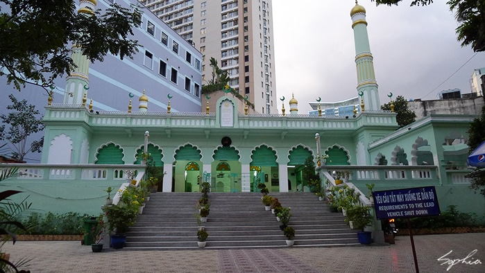 Famous mosques in Vietnam for Muslim travelers muslim friendly vietnam 3d2n itinerary