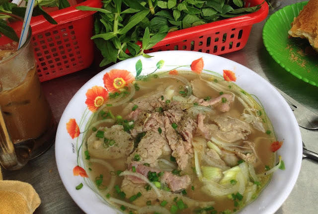 Cheap and halal beef pho noodles in Ho Chi Minh