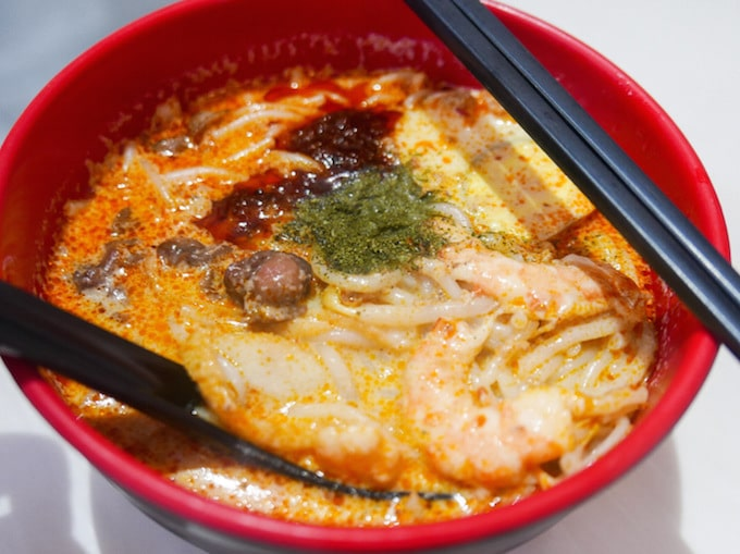 Cheap and halal laksa restaurants in Singapore
