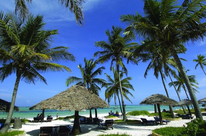 Top island destinations in Zanzibar like Maldives