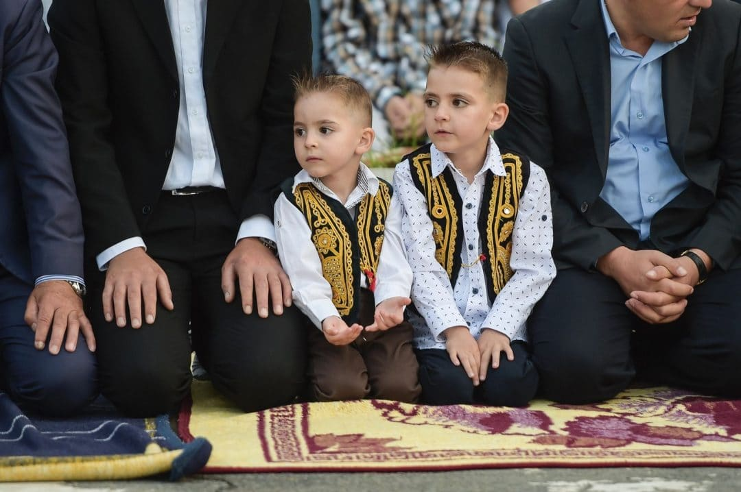 muslims celebrating eid around the world in kosovo