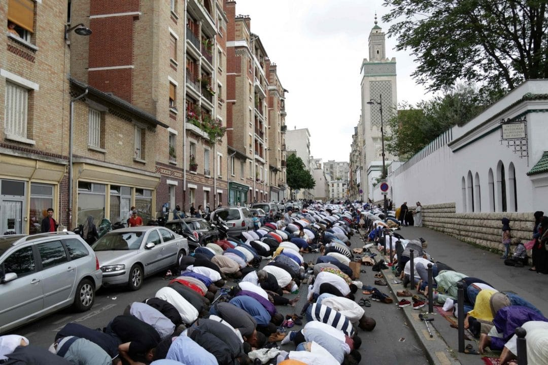 muslims in paris celebrating eid around the world
