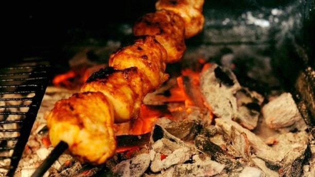 muslim friendly destinations for summers - halal restaurants sizin paris france