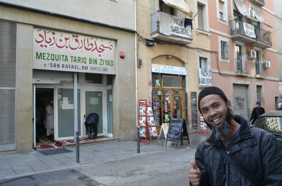muslim friendly destinations for summers - masjid tariq ibn ziyad barcelona