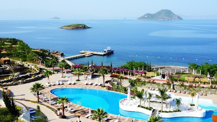 Best places to travel in the world for muslims - antalya turke