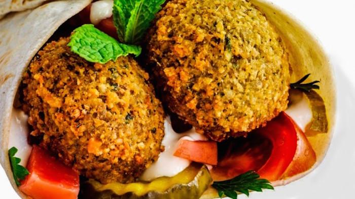 Halal falafel in Rome - La Via Della