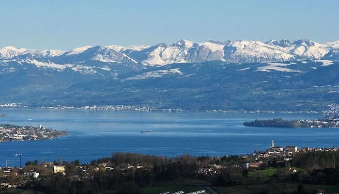 Halal friendly places to visit in Zurich - Lake Zurich