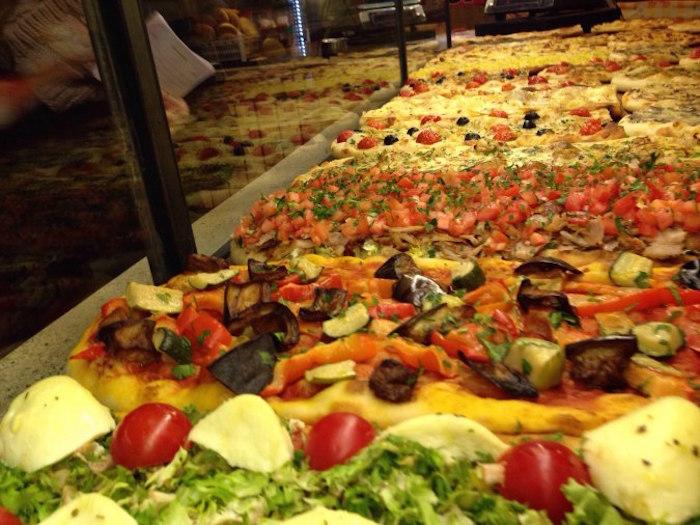 Halal pizza in Rome Italy