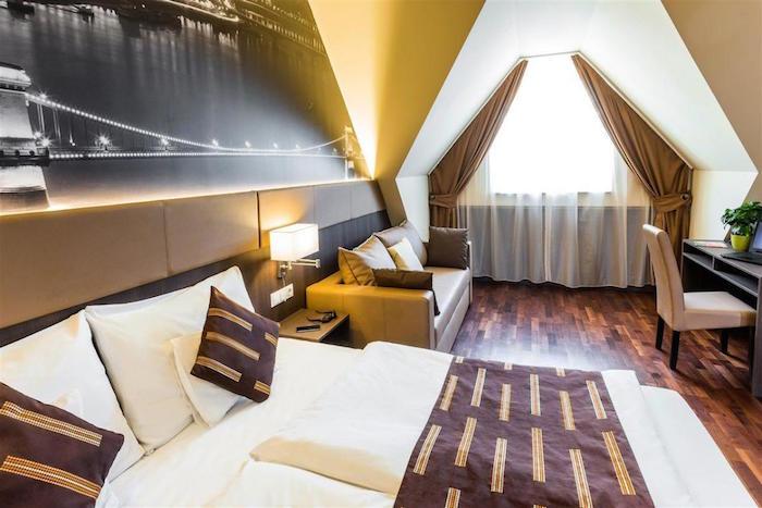 Muslim friendly hotels in Budapest - 12 Revay Hotel
