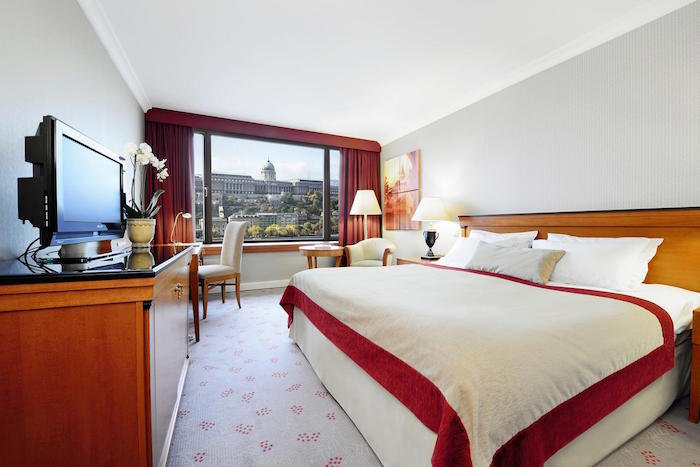 Muslim friendly hotels in Budapest - Intercontinental