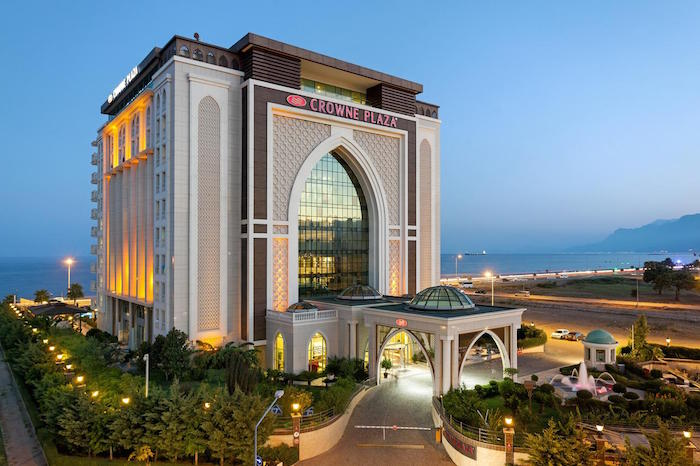Muslim friendly hotels in Turkey - Hotel Crowne Plaza