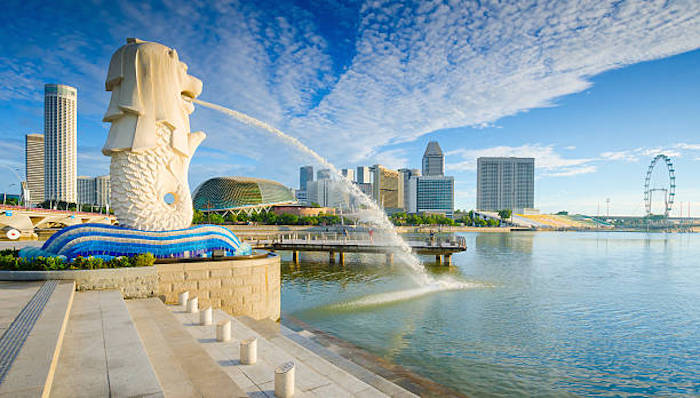 Safest destinations for solo Muslim female travellers - Singapore