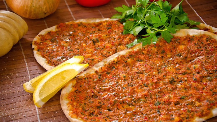 Lahmacun - Halal food in Turkey